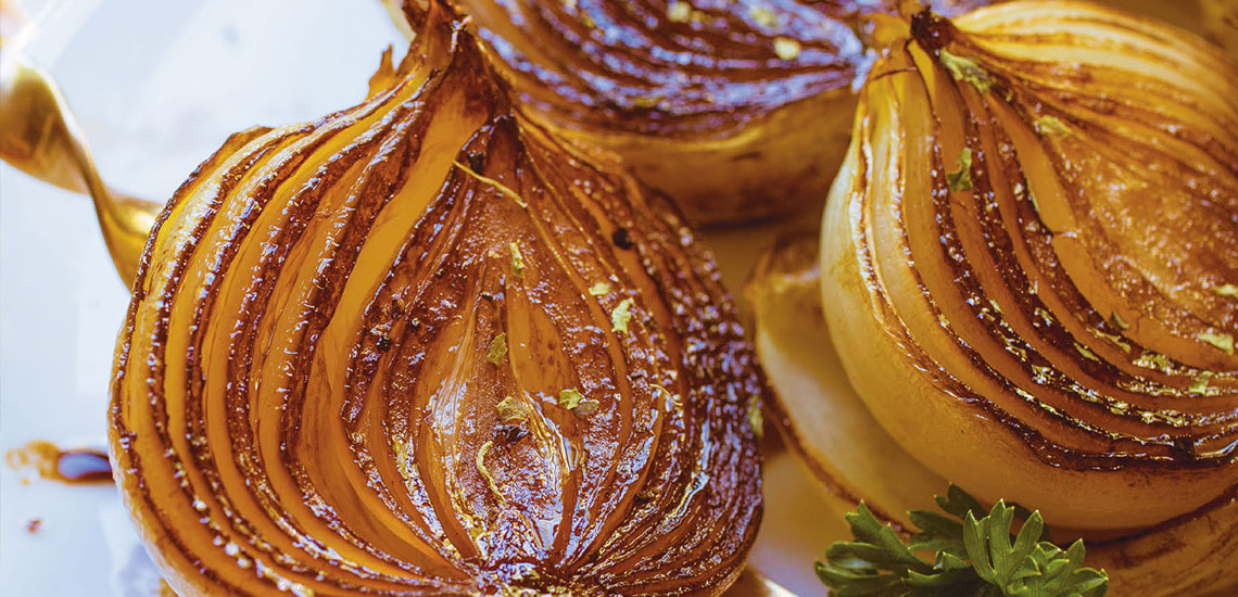 Roasted onions with balsamic vinegar